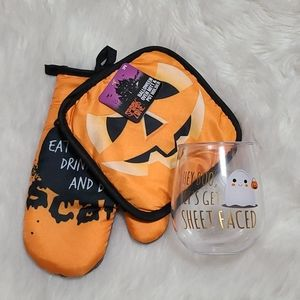 New!Spook Zone Halloween Kitchen Decor Bundle